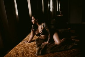 Chjara live escort in Meadville