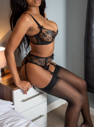 Guilliane live escort in Gardere