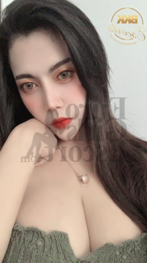 Samantha escort girl